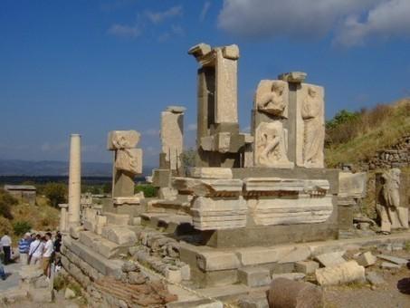 Religious Tourism in Roman Greece | Histoire et Archéologie | Scoop.it