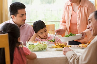 Những điều mẹ có con bé biếng ăn cần biết | Mẹ Và Bé | Tritm | Do choi tre em | Scoop.it