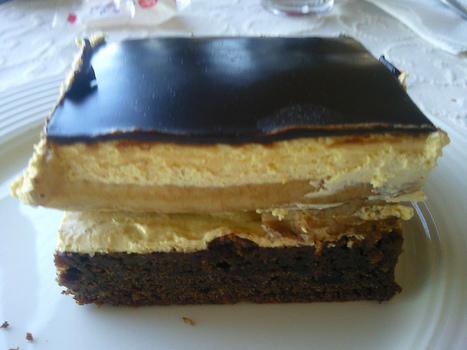Recette de gâteau fourré à la crème, bananes et chocolat   Enfants, cuisine, jeux, activités, déguisements, décorations   Scoop.it