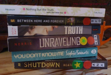 Book Spine Poetry: A Few White Lies - Crushingcinders | What's up 4 school librarians | Scoop.it
