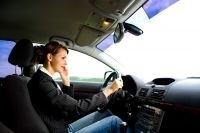 Les Français utilisent toujours plus leur portable au volant | Le smartphone a-t-il changé nos comportements? | Scoop.it