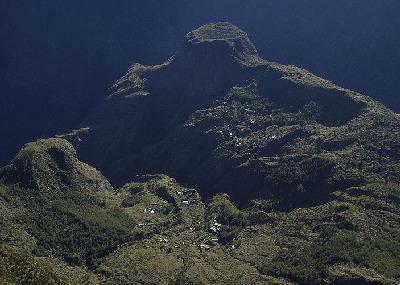 La Réunion, région pilote pour la transition énergétique - Energies Renouvelables  - L'EXPANSION - LA CHAINE ENERGIE | 01 Océan indien DD | Scoop.it