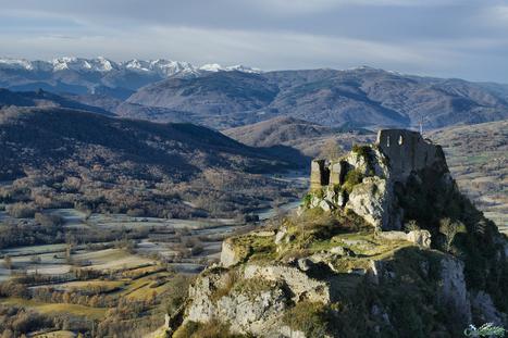 Château de Roquefixade   #TerresCathares   Scoop.it