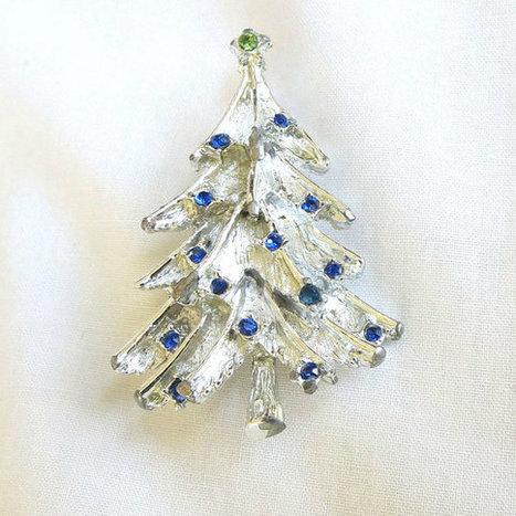 Vintage Blue Rhinestones Silver Tone Christmas Tree Brooch or Pin   Favorite Vintage Jewelry   Scoop.it