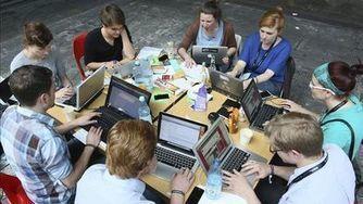 Casi un 70% de los hogares españoles tiene internet | Redes sociales, movimientos sociales, Media, social networks | Scoop.it