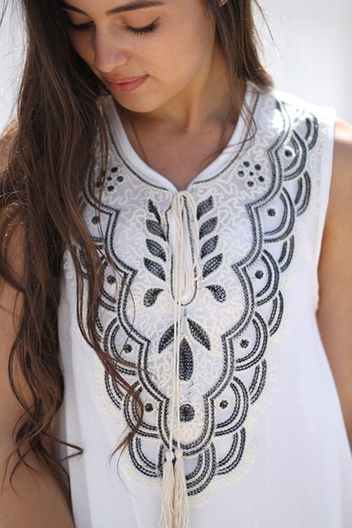 tassel embroidered tank | Online shopping store | Scoop.it