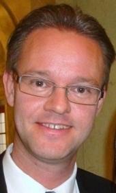 Twitter, facebook m.m. bryter ned traditionella hierarkier | Anders Ågren, kommunalråd (M) | Västerbottens-Kuriren - Bloggen | Folkbildning på nätet | Scoop.it