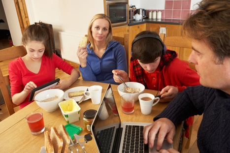 Put iPhone down for improved family communication   Unplug   Scoop.it