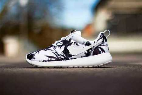 Limited Nike Roshe Run Yeezy Orange Black White Sale UK 2015 Online | Nike Roshe Flyknit | Scoop.it