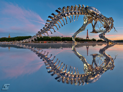 Giant Chrome T-Rex Installed on the Seine River in Paris by ... | Paris France News | Scoop.it