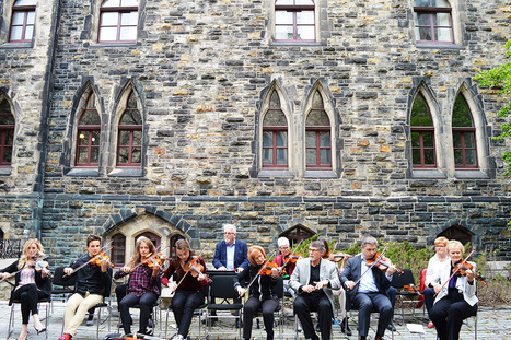 The Sound of Strings Reverberated on the Hill on National Fiddling Day | Nova Scotia Art | Scoop.it