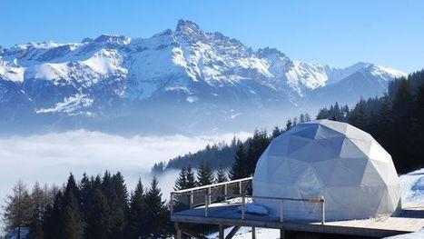 Un séjour dans une tente de luxe au cœur de la montagne suisse   Hébergements touristiques, design et innovation   Scoop.it