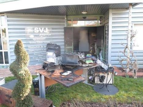 Incendie suspect chez SVJ Paysage | ChâtelleraultActu | Scoop.it