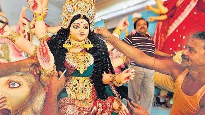A vanishing tribe Delhis Durga makers need prayers   Hindustantimes   Asie   Scoop.it