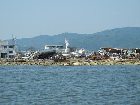 [photo] Et pendant ce temps là ... à Ishinomaki | funatowato | Japon : séisme, tsunami & conséquences | Scoop.it