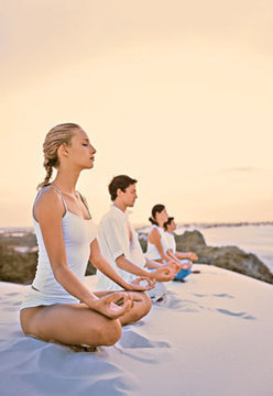 6 Surprising Benefits of Meditation   Rodale News   Meditation, Wellbeing and Power E   Scoop.it