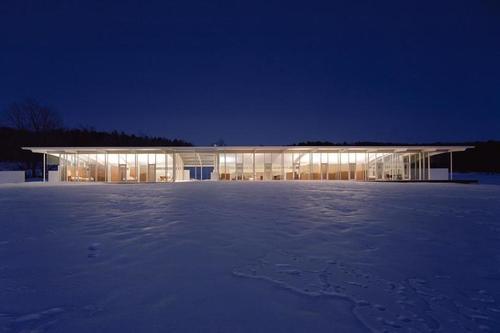 Incroyable maison minimaliste par thomas phifer and for Construire maison minimaliste