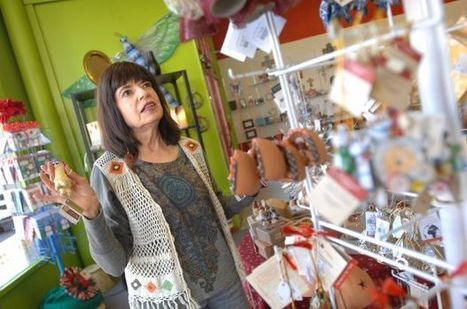 Crossroads marks 25 years promoting fair-trade goods - Bloomington Pantagraph | Fairly Traded News | Scoop.it