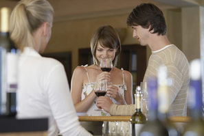 How To Taste Wine - Wine Tasting Tips from Wine Enthusiast Magazine | Vinitours | Scoop.it