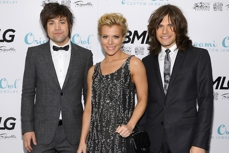 The Band Perry Offer to Babysit Carrie Underwood's Baby | Country Music Today | Scoop.it