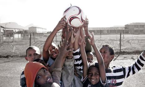 Bola de futebol produz eletricidade durante o jogo | Criatividade, inovação, marketing | Scoop.it