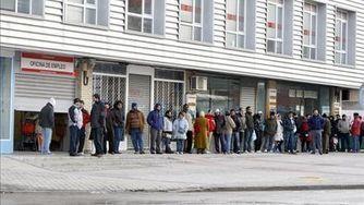 El paro registrado supera por primera vez los cinco millones de personas | desdeelpasillo | Scoop.it