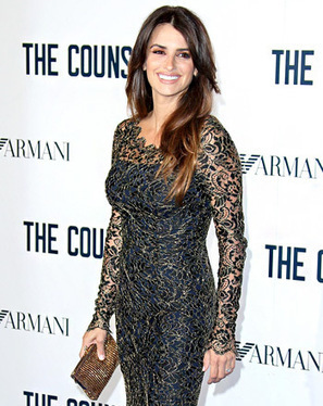 Penelope Cruz Stuns as She Steps Out For First Time Post-Baby: Picture - Us Magazine | Spain | Scoop.it