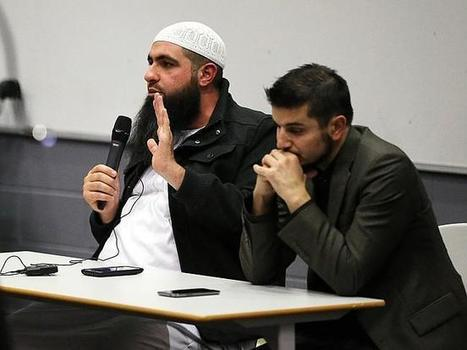 Women forced to back of lecture theatre at Hizb ut-Tahrir lecture | Restore America | Scoop.it