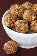 No-Bake Energy Bites (with dark chocolate chips) | FIT for Success | Scoop.it