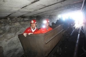 20 Chinese coal miners dead, 14 injured, in carriage crash | Occupational Safety and Health | Scoop.it