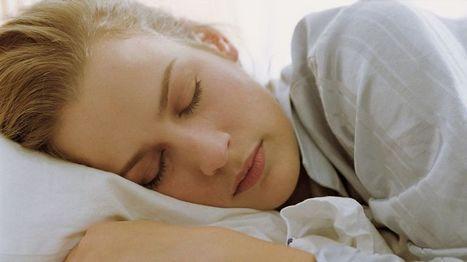 Unilääkäri: Kokeile tunnin lisäystä nukkumiseen, älä seikkaile illalla somessa | Terveystieto | Scoop.it