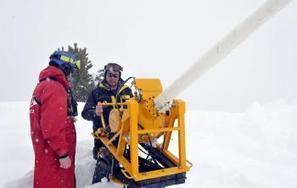Saint-Lary. Déclenchement d'avalanches au canon - La Dépêche   Vallée d'Aure - Pyrénées   Scoop.it