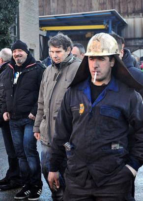 [ArcelorMittal] La terre est à ceux qui la travaillent. | Occupy Belgium | Scoop.it