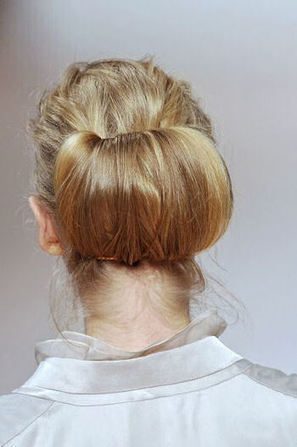15 INSPIRATIEVOLLE KAPSELS VOOR DE FEESTDAGEN | The Chair | hairstyles | Scoop.it