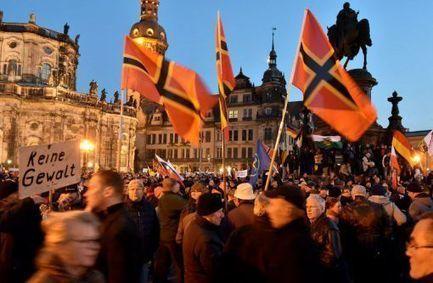 Allemagne: quel est l'étrange drapeau agité par les militants de Pegida ? | Geopolis | Allemagne | Scoop.it