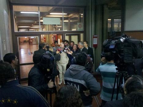"""C5N: """"El decano de Exactas deja la facultad luego de tres días atrincherado"""" (25 oct)   La toma en Exactas UBA (del 22 al 25 de octubre de 2013)   Scoop.it"""