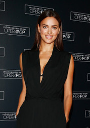 IL SEGRETO DEL SORRISO DELLA SUPER MODELLA IRINA SHAYK | Health & Beauty International | Health & Beauty - International | Scoop.it