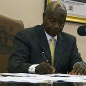 En Ouganda, une loi antihomosexualité drastique entre en vigueur | International | Scoop.it