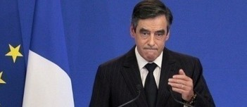 "VIDEO. Retraite, assurance maladie, niches fiscales, TVA…Fillon annonce la rigueur | Argent et Economie ""AutreMent"" 