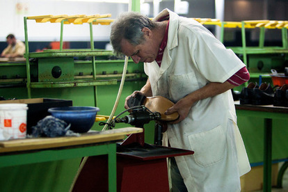 Portuguese Shoemakers Get Fancy | Manufacturing Supply Chain Management | Scoop.it