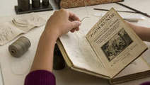 Koninklijke bibliotheek zet 80.000 gedigitaliseerde boeken online | trends in bibliotheken | Scoop.it