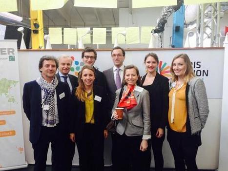 The whole Atelier team ready for @fhollande [Tweet] | François Hollande à L'Atelier BNP Paribas | Scoop.it