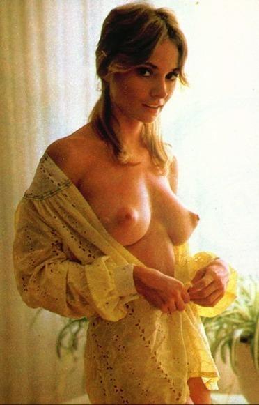 nude thick lightskin girls