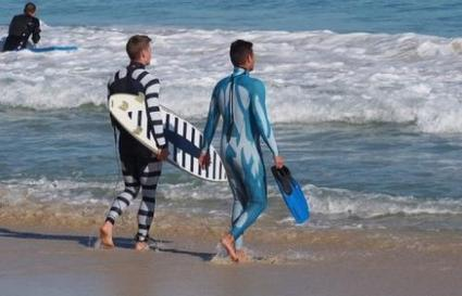 Australian firm launches 'anti-shark' wetsuits | Skylarkers | Scoop.it