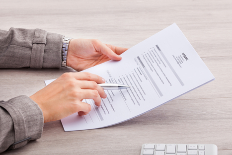 8 Things That DO NOT Belong on Your Resume | Debs Career Corner #debscc | Scoop.it