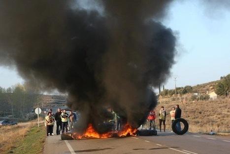 Chaca, Alcanyiz, Teruel, Andorra u Exea tamién protestoron contra la reforma laboral | #Vada29M | Scoop.it