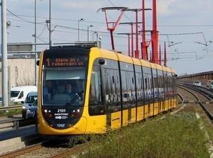 Longest tram enters service in Budapest   Global railway news   Scoop.it