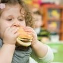 """Il Farmacista Online: Saremo un popolo in """"sovrappeso""""? Un bambino su cinque lo è già. Perché mangiano male e fanno poco sport. Ma quattro mamme su dieci negano l'evidenza   Benessere a 360 gradi   Scoop.it"""