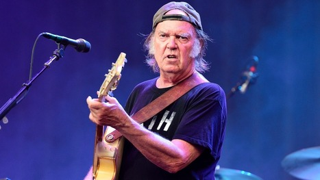 Neil Young Urges Boycott of Non-Organic Cotton - Rolling Stone | smallispowerful | Scoop.it
