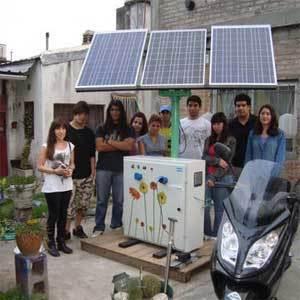Argentinos crean un surtidor de energía solar para vehículos y electrodomésticos | Energías Renovables o alternativas | Scoop.it